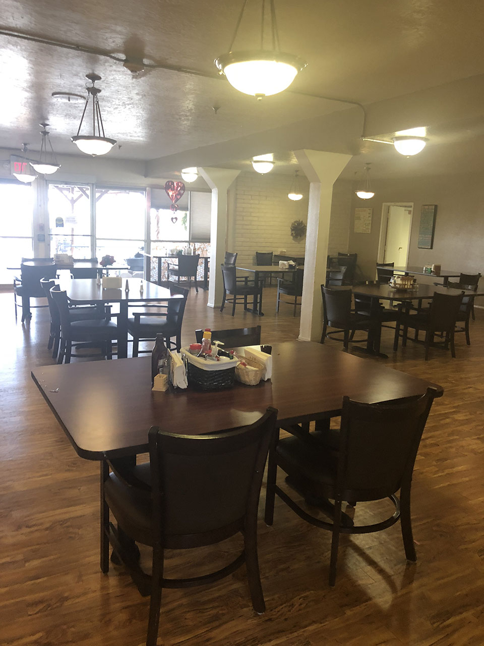 camino retirement assisted living albuquerque dining area