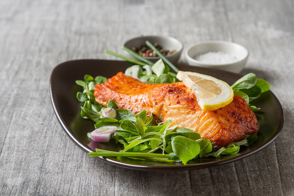broiled salmon and greens