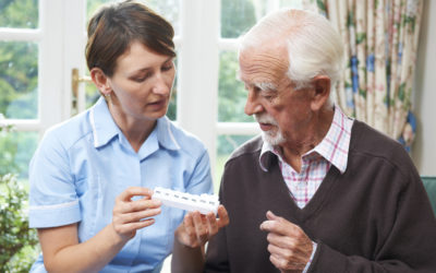 Managing Meds – How Assisted Living Keeps Seniors Independent and Healthier