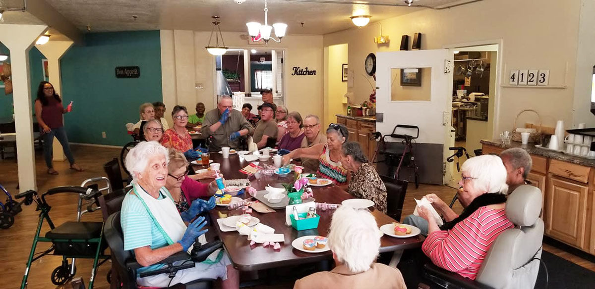 crafts-at-camino-albuquerque-independent-living3